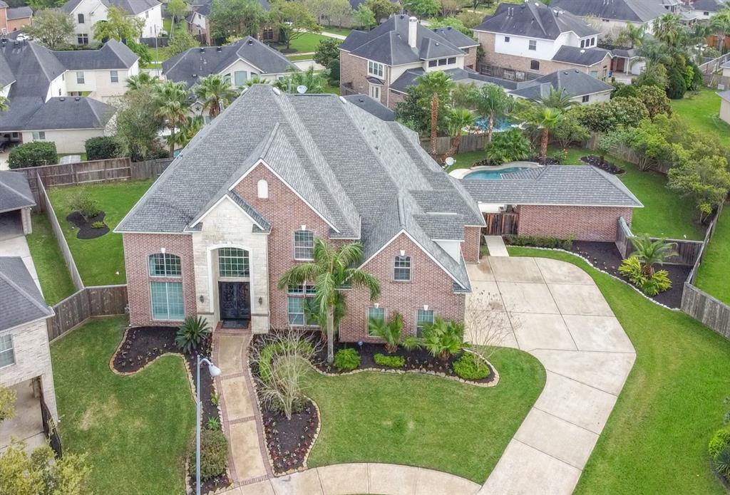 2807 Spring Falls Court, Manvel, TX 77578 - Manvel, TX real estate listing