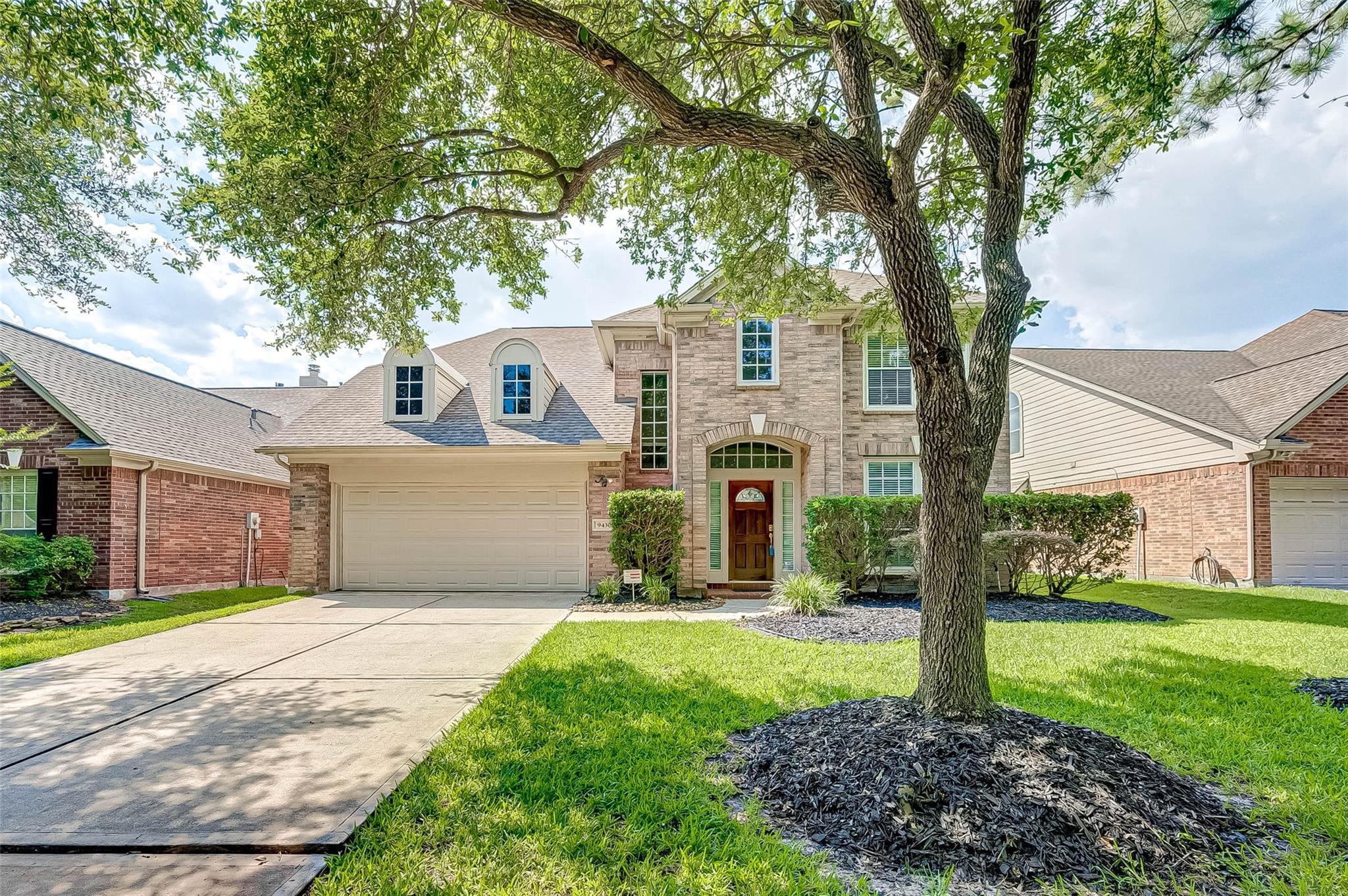 9430 Shadow Gate Lane Property Photo