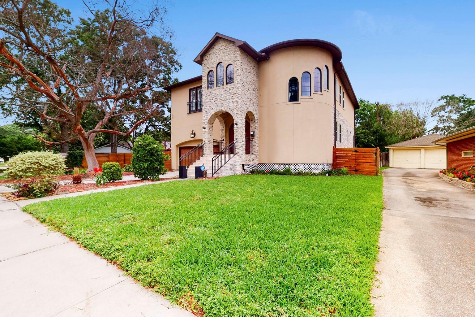5758 Braesheather Drive Property Photo 1