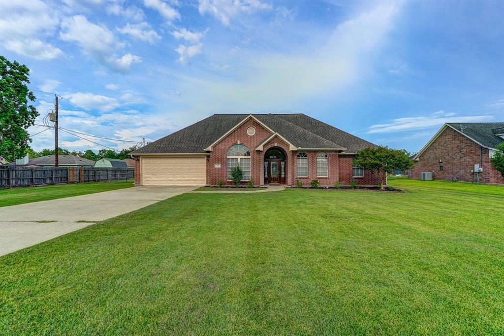 1101 Robinson Road Property Photo - La Porte, TX real estate listing
