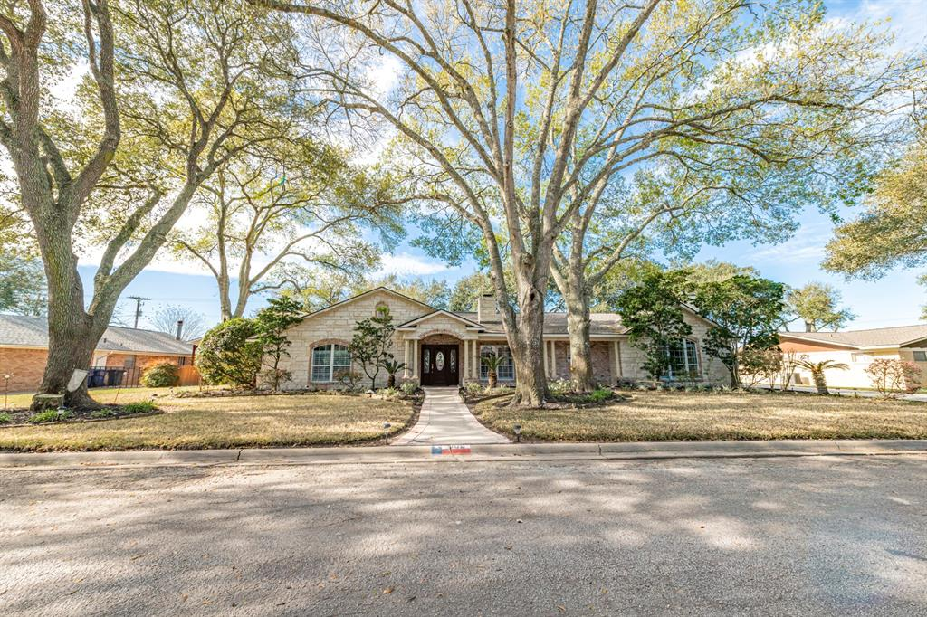 605 W Willow Lane, Eagle Lake, TX 77434 - Eagle Lake, TX real estate listing