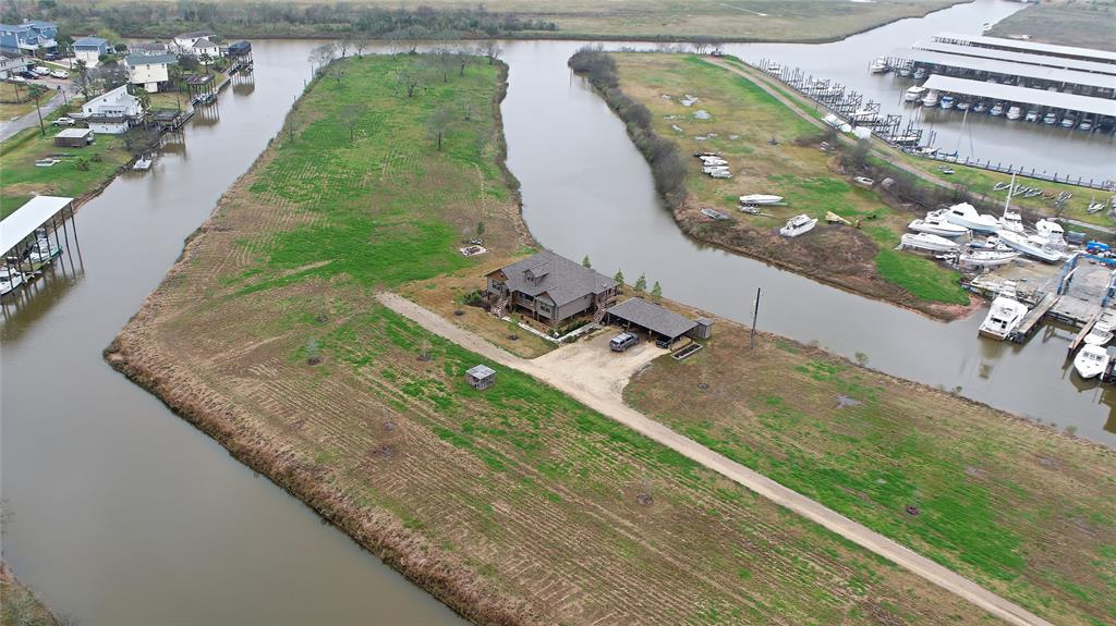 818 County Road 792, Oyster Creek, TX 77541 - Oyster Creek, TX real estate listing