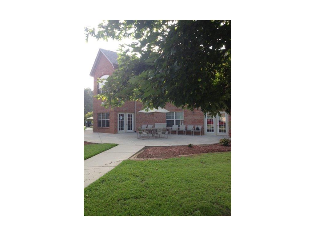 105 Royal Lane Property Photo - Clinton, NC real estate listing