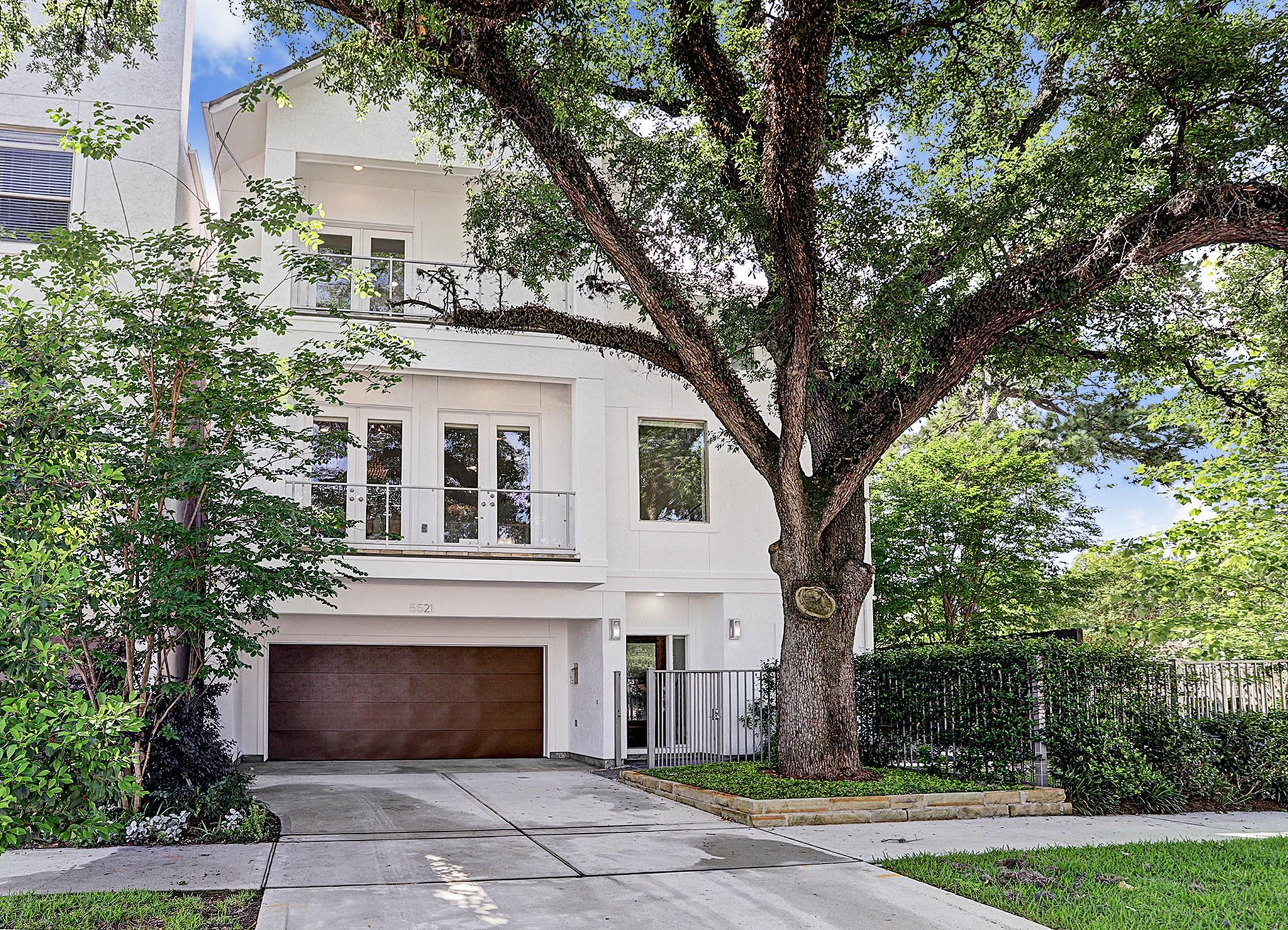 5521 Jackson Street Property Photo 1