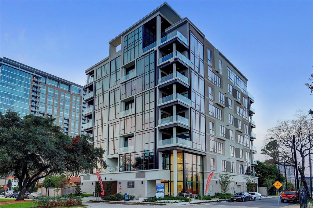 5104 Caroline Street #203 Property Photo - Houston, TX real estate listing