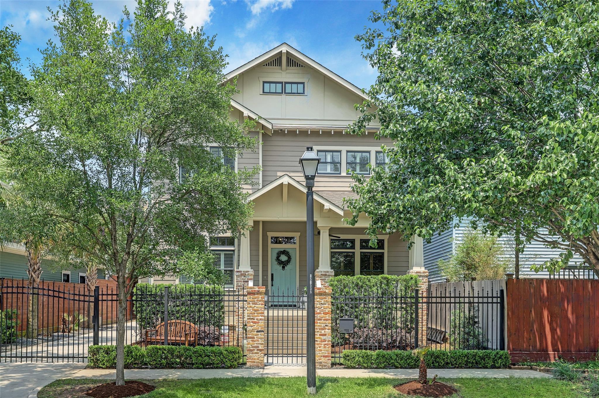 1111 Woodland Street Property Photo