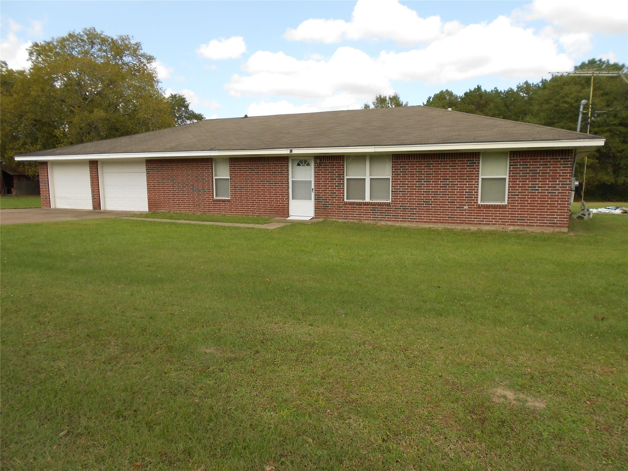 123 E 7th Street Property Photo - Groveton, TX real estate listing