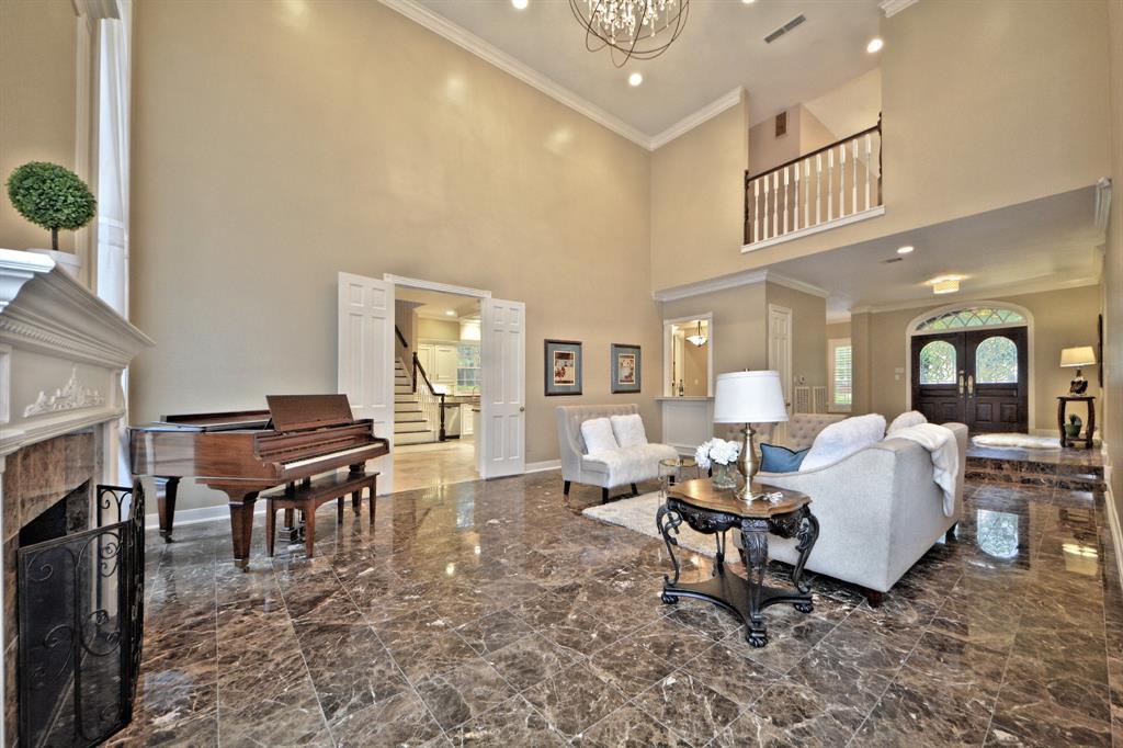 30 Du Pont Circle, Sugar Land, TX 77479 - Sugar Land, TX real estate listing