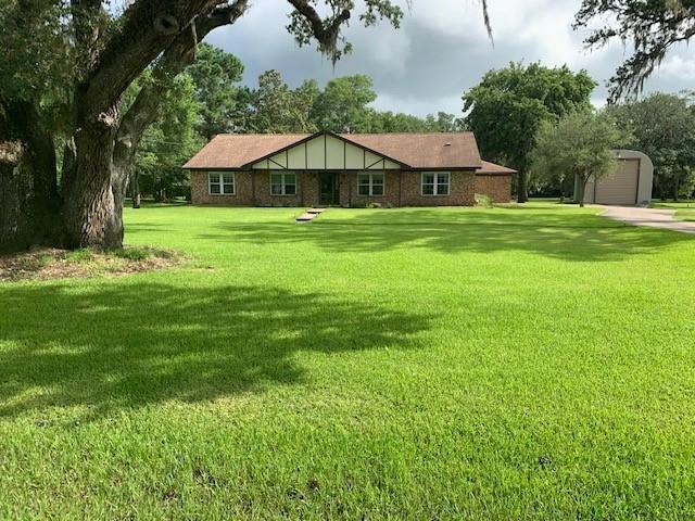 305 Oak Forrest Drive Property Photo 1