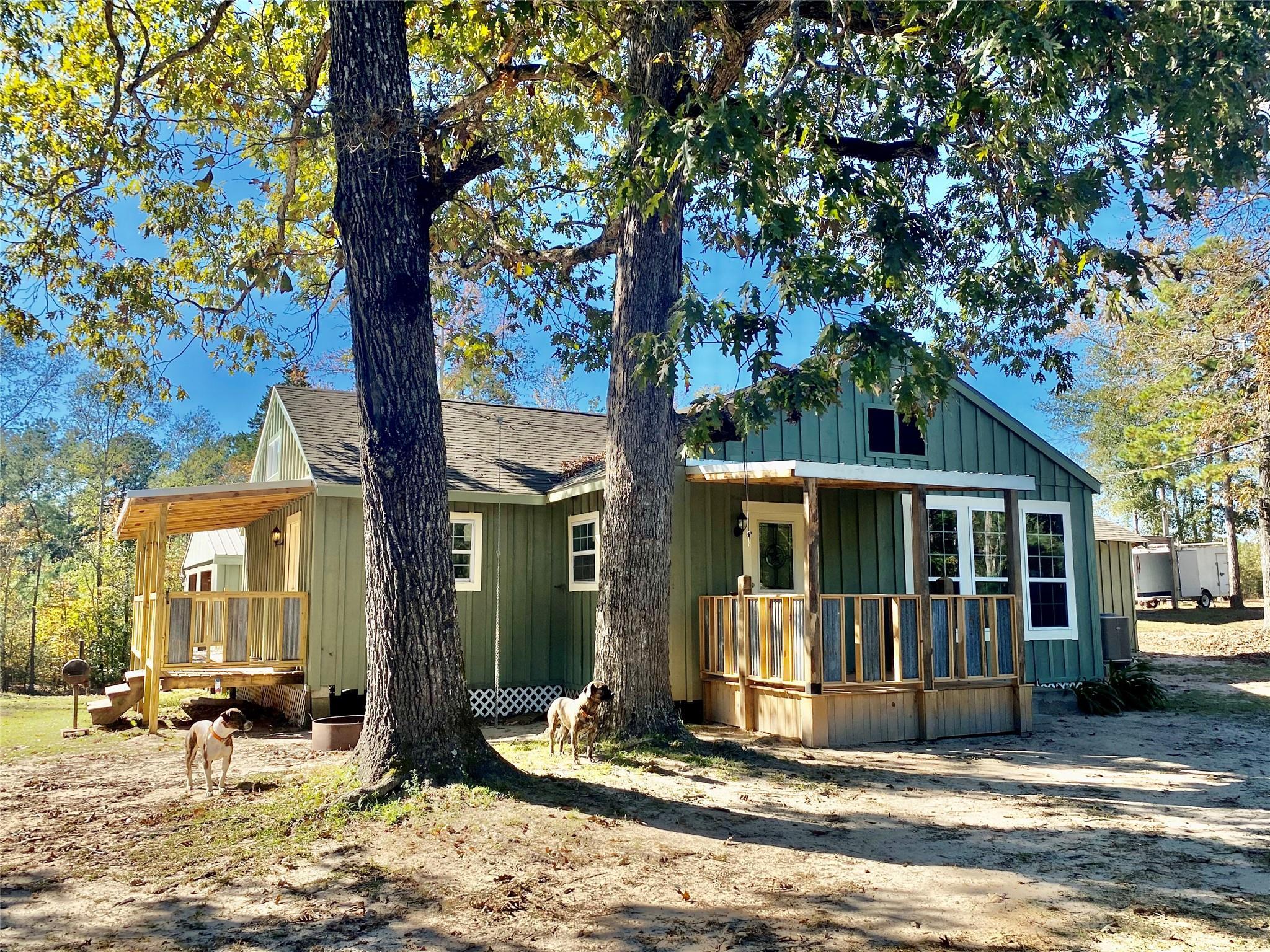 5885 Fm 3065 Property Photo