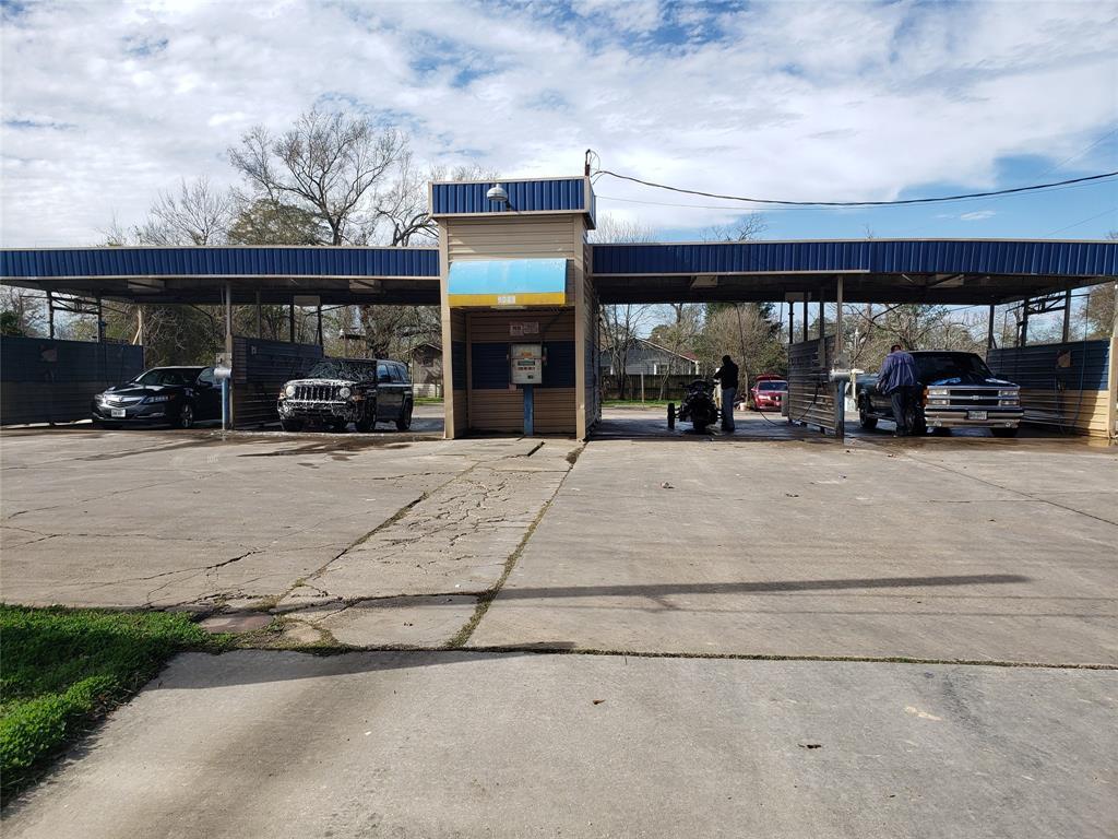 9213 Mesa Drive, Houston, TX 77028 - Houston, TX real estate listing