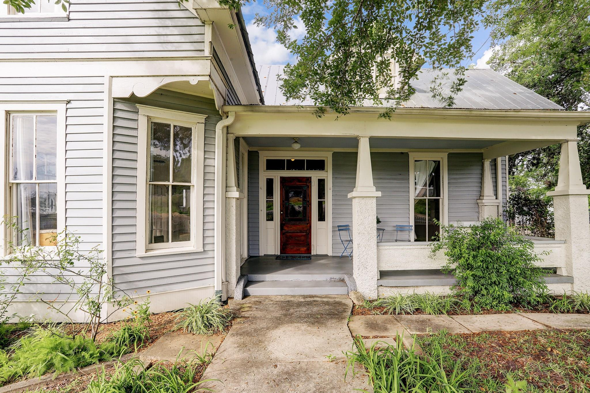 105 S Rusk Street Property Photo