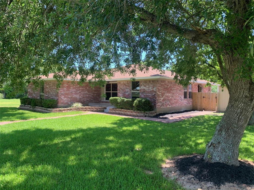 519 Fairfield Street Property Photo - Shoreacres, TX real estate listing