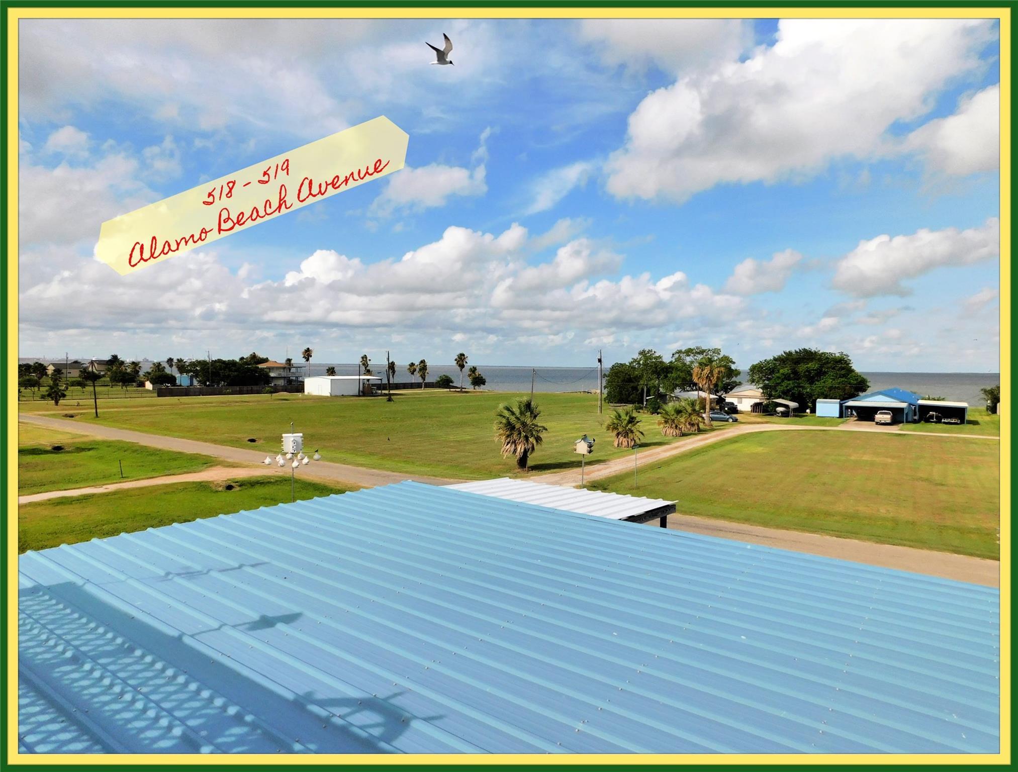 518 Alamo Beach Avenue Property Photo - Port Lavaca, TX real estate listing