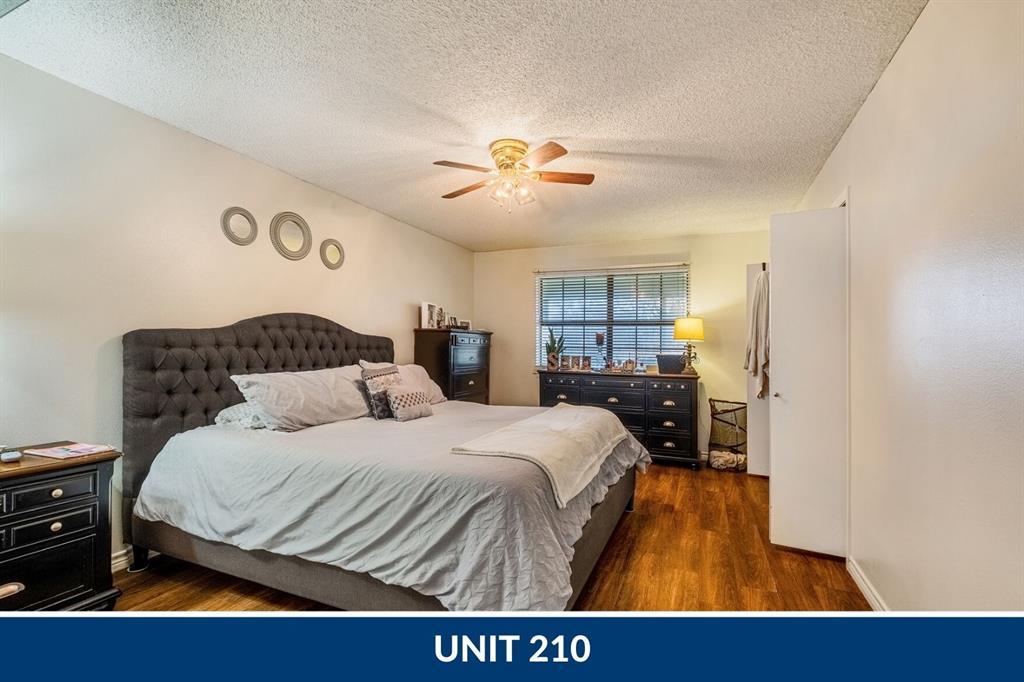 210-220 Cactus Street Property Photo - Giddings, TX real estate listing
