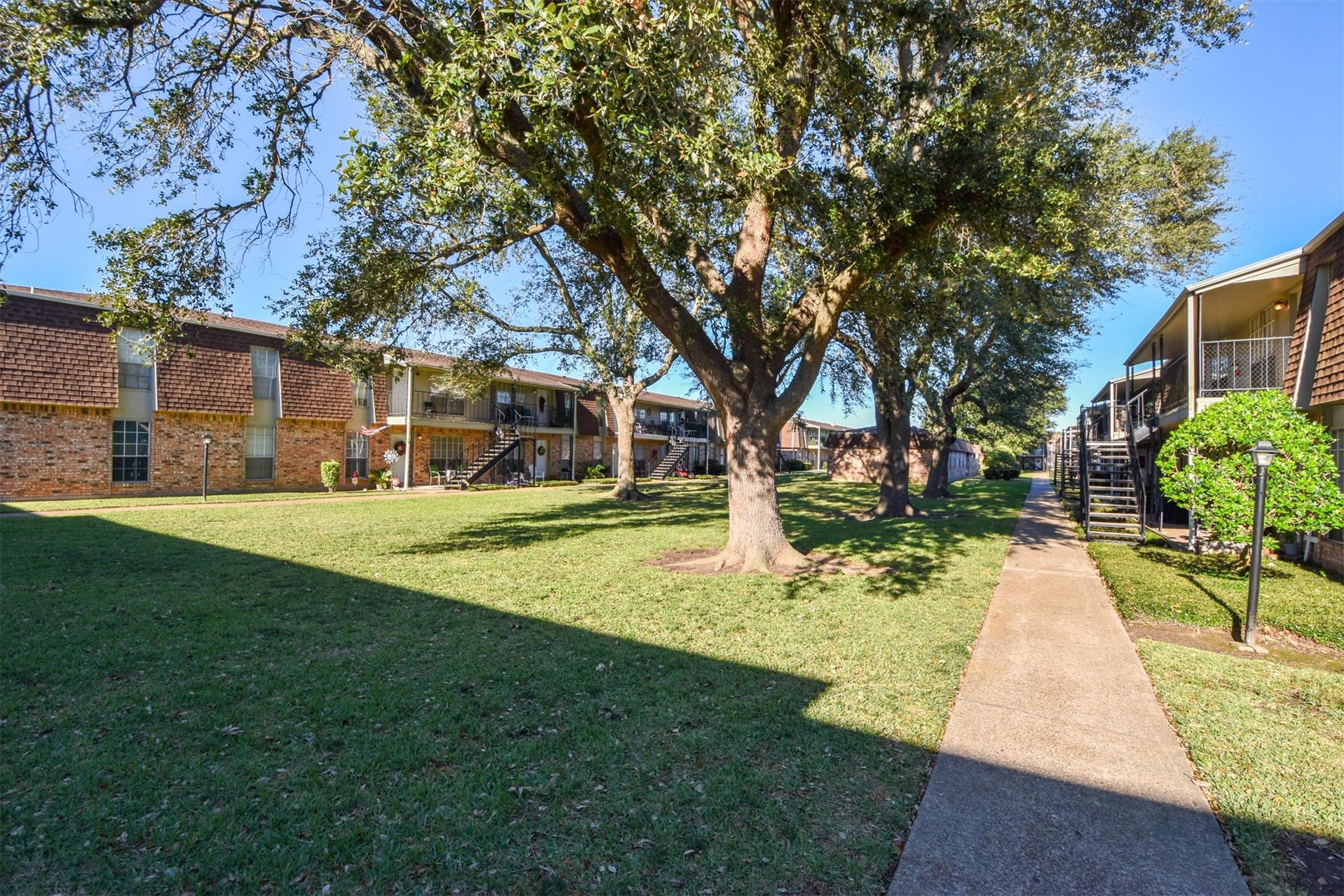 5252 Twin City Highway #370 Property Photo - Groves, TX real estate listing