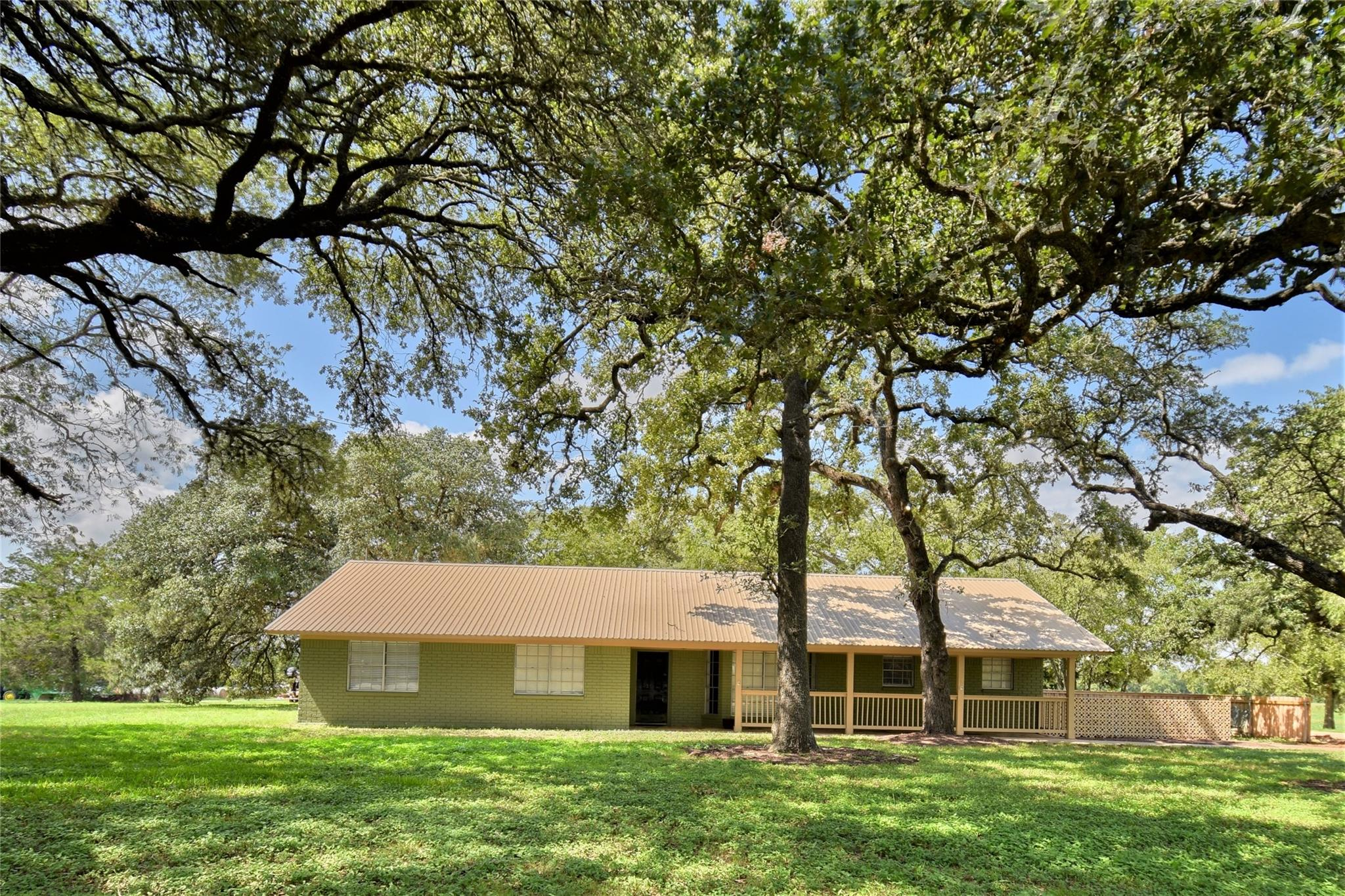 1036 Hwy 237 Property Photo