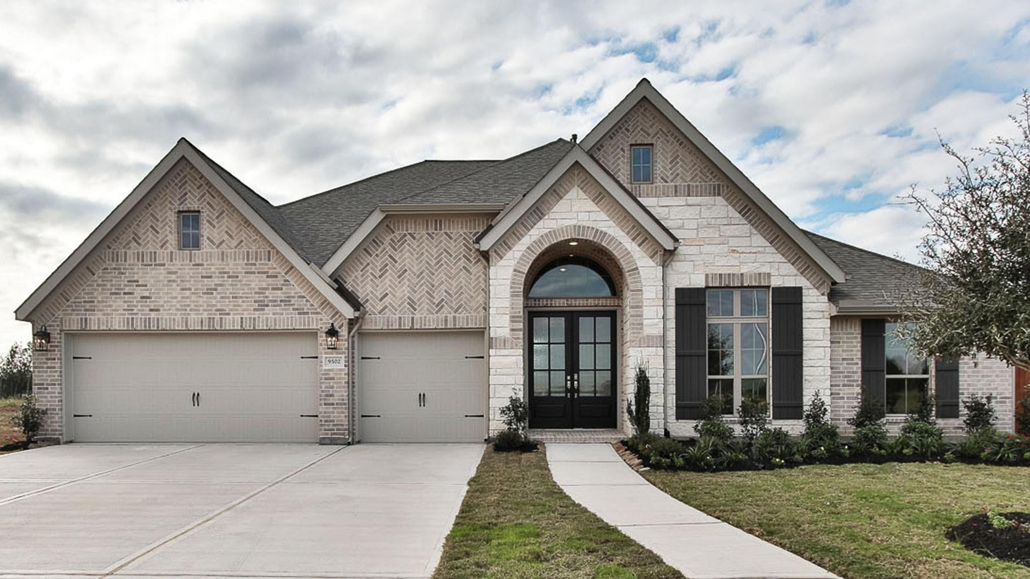 9502 Sanger Way Property Photo - Iowa Colony, TX real estate listing