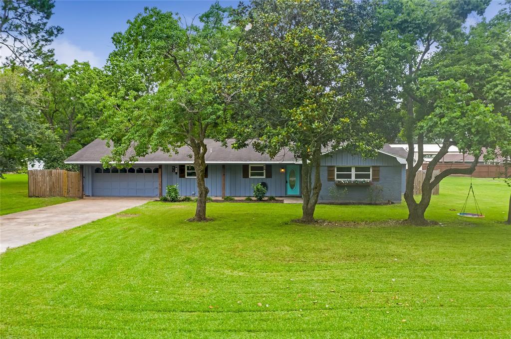 403 Dolphin Street Property Photo - Jones Creek, TX real estate listing