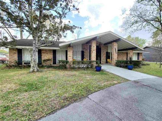 5855 Gladys Avenue Property Photo