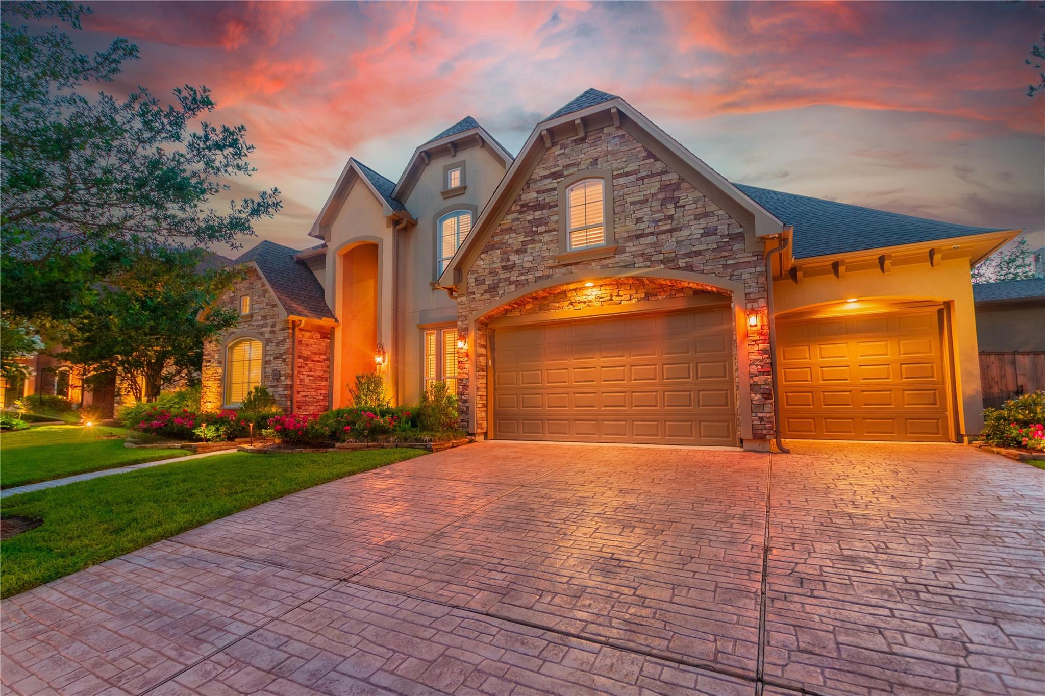 4902 Hollowvine Lane Property Photo 1