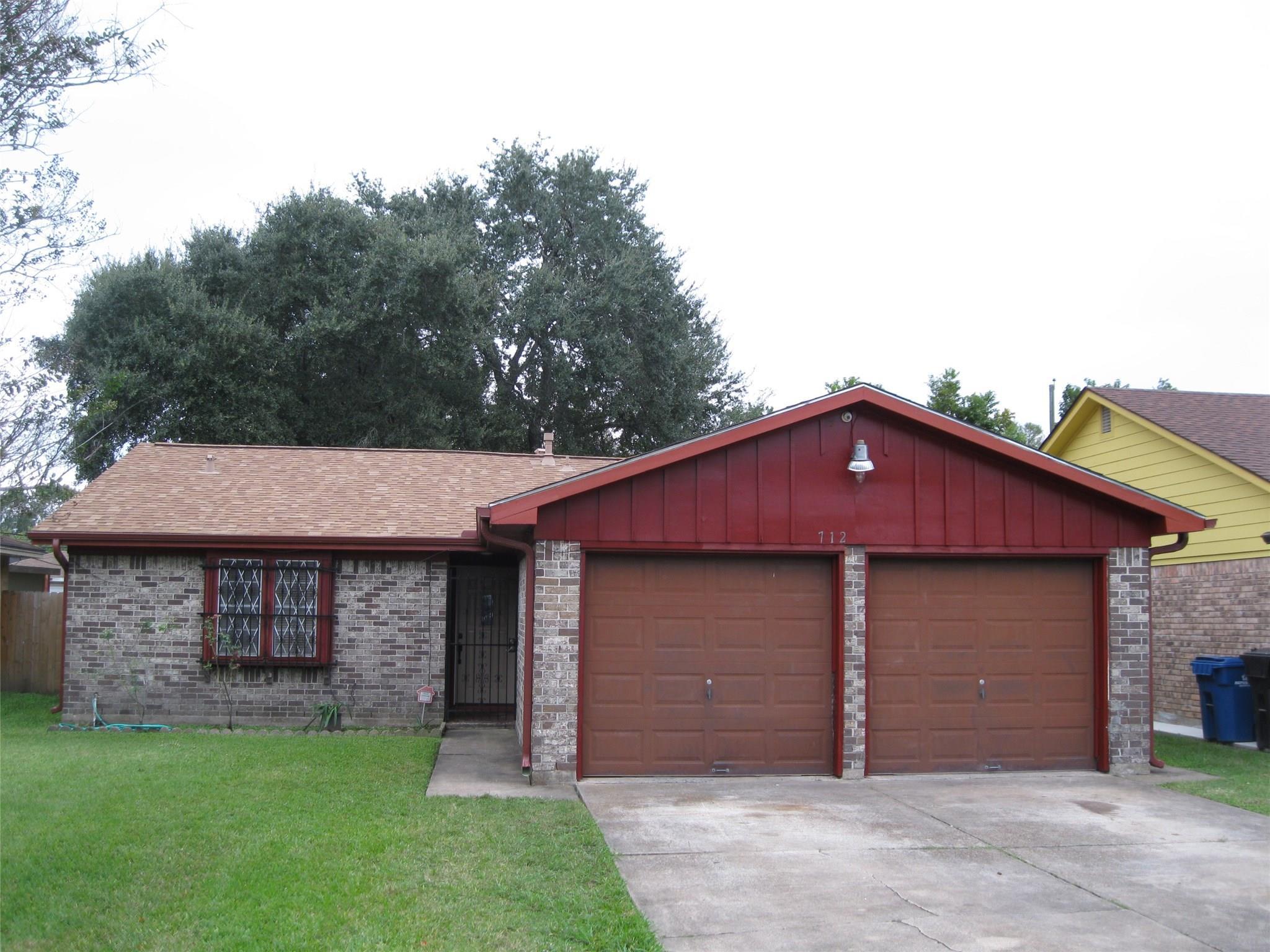 712 Minnesota Street Property Photo - South Houston, TX real estate listing