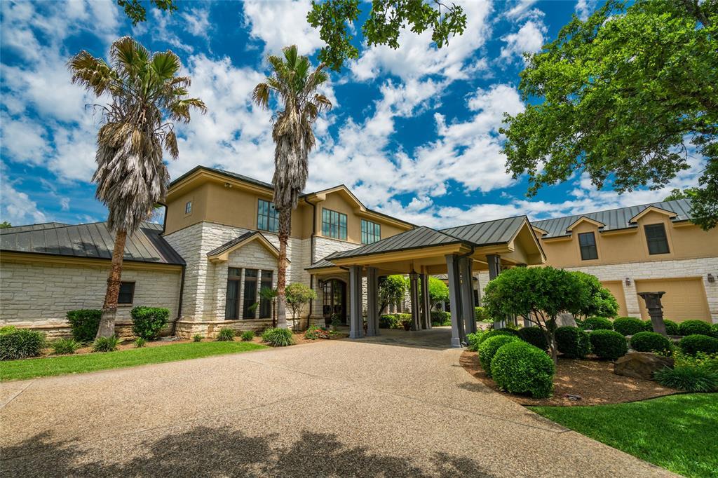 157- Seguin Real Estate Listings Main Image