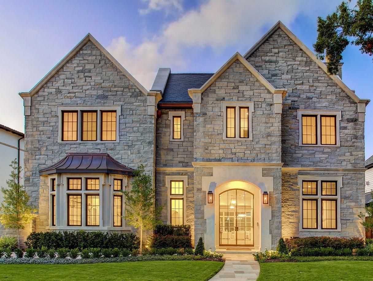 5554 Longmont Drive Property Photo