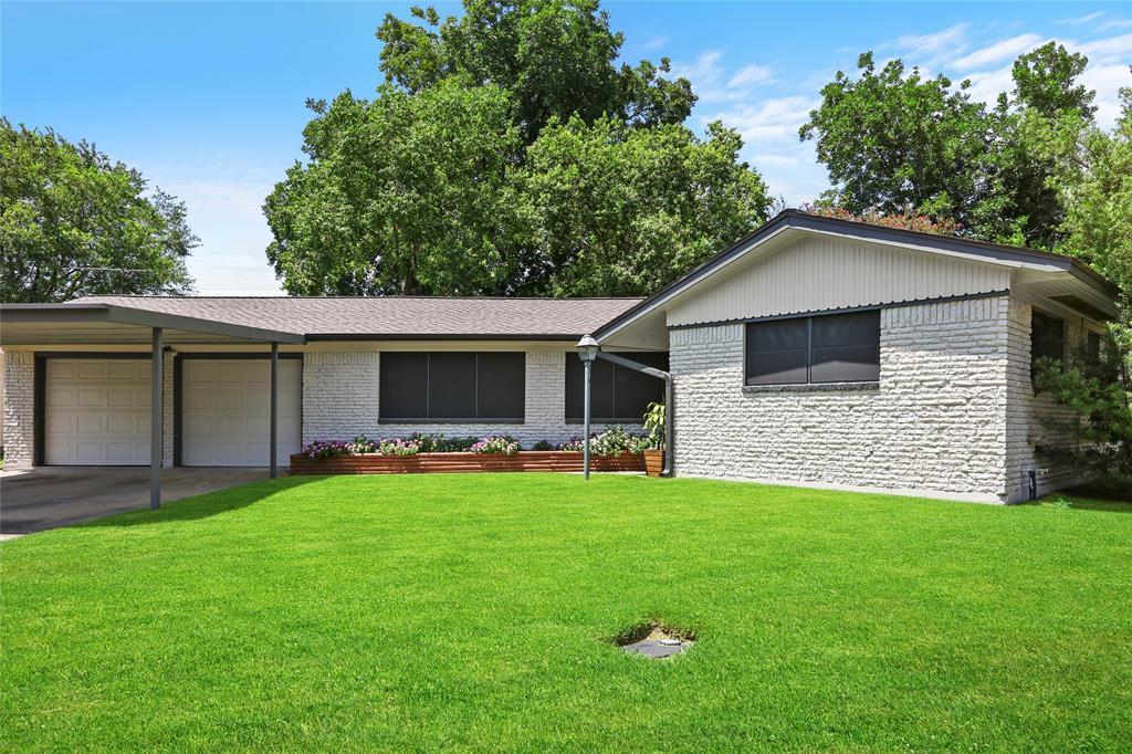 3323 Thornwood Drive Property Photo - Pasadena, TX real estate listing