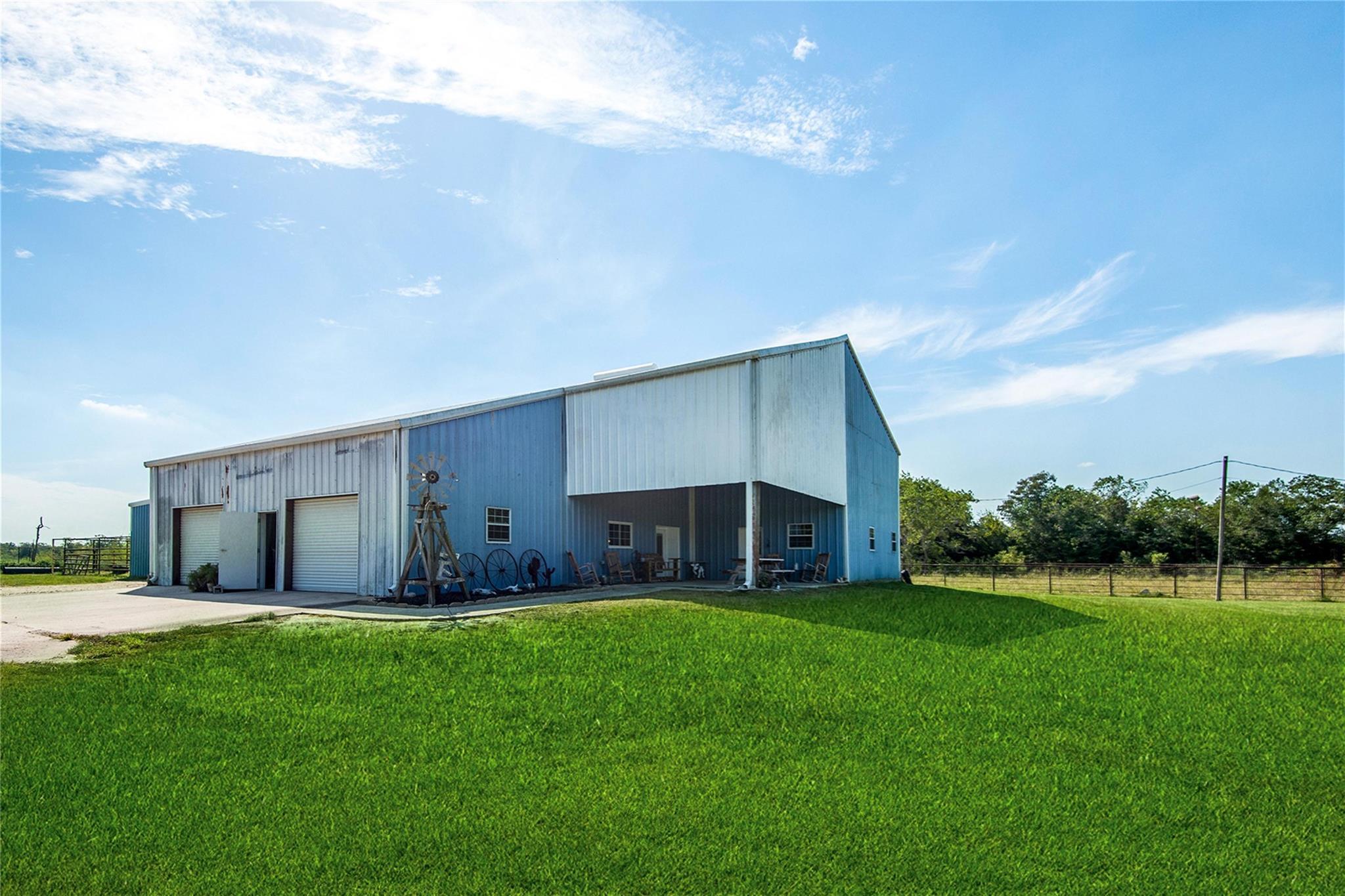 11207 33rd Street Property Photo - Santa Fe, TX real estate listing