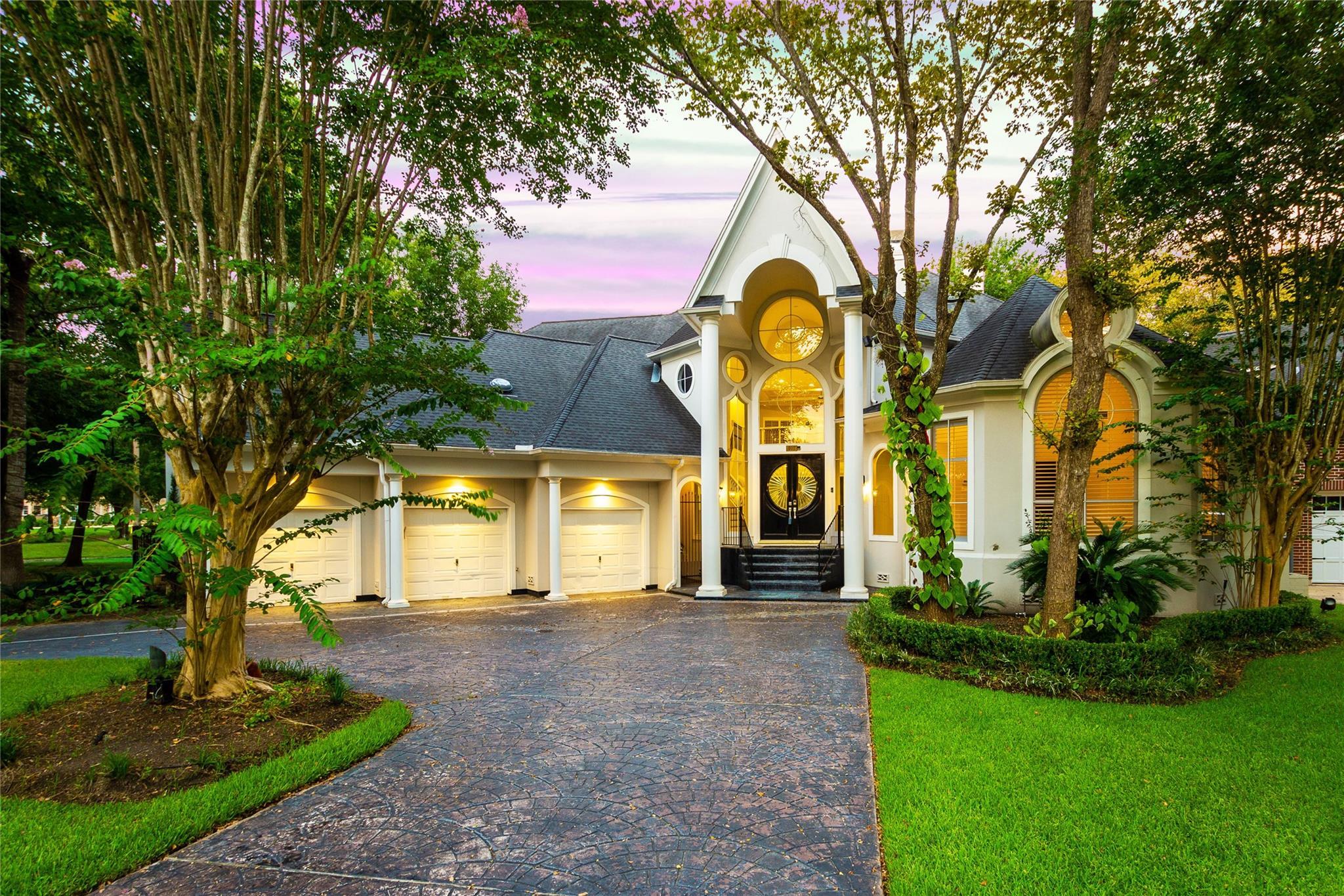 907 Peachwood Bend Drive Property Photo - Houston, TX real estate listing