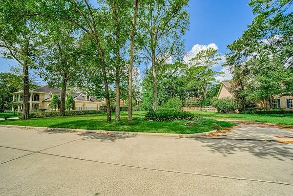 3 Sleepy Oaks Circle Property Photo - Hunters Creek Village, TX real estate listing