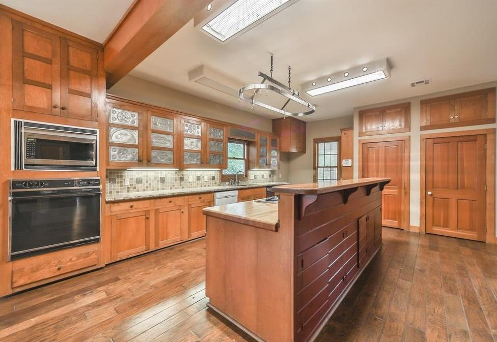 2503 S Cherry Street Street Property Photo