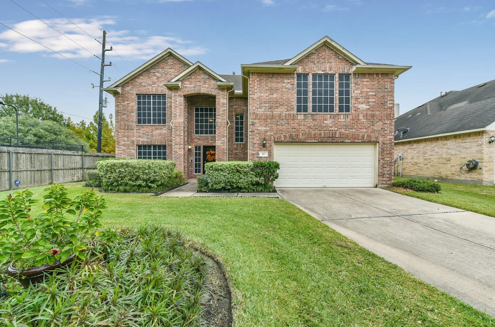 403 Sterling Heights Lane Property Photo - Houston, TX real estate listing
