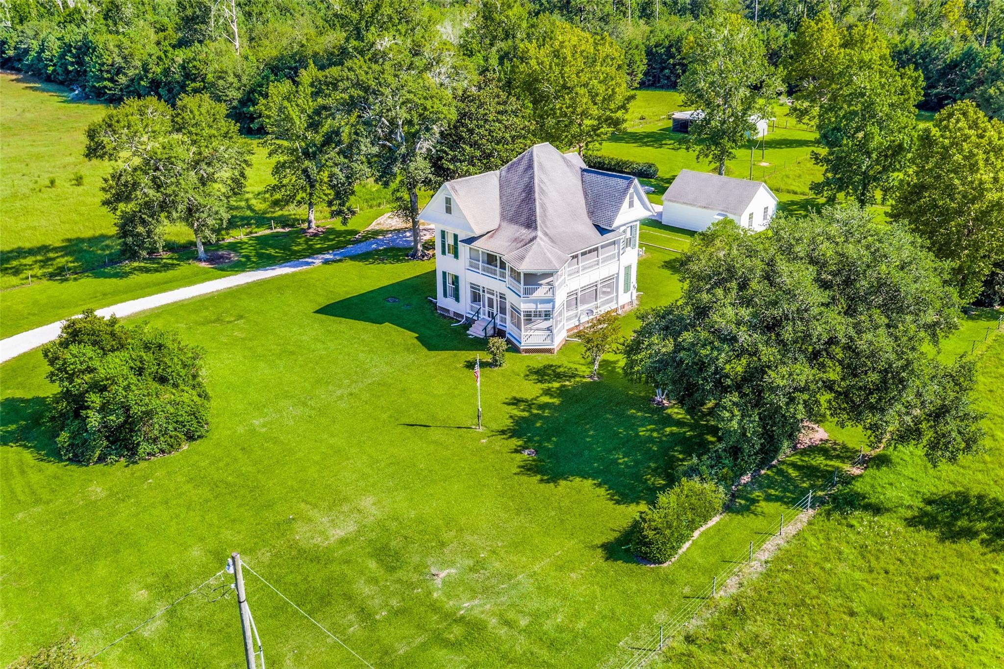 8334 FM 562 Property Photo - Anahuac, TX real estate listing