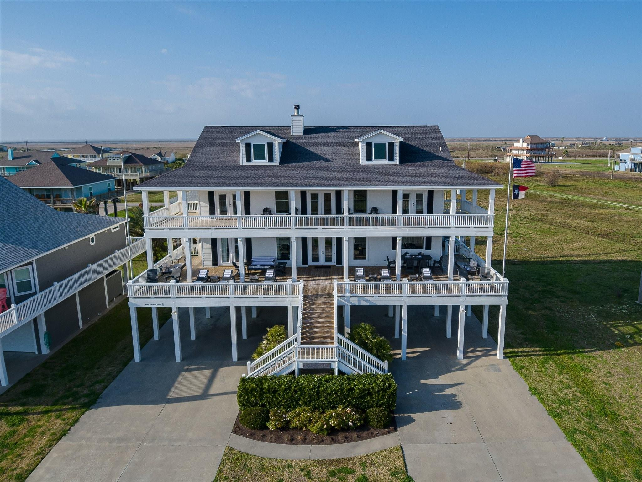 3541 Smiths Point Property Photo - Crystal Beach, TX real estate listing