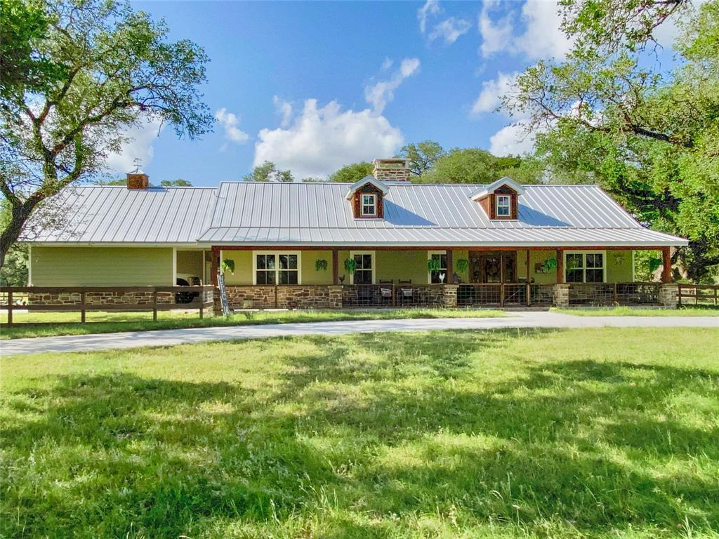 1336 County Road 105 Property Photo - Columbus, TX real estate listing