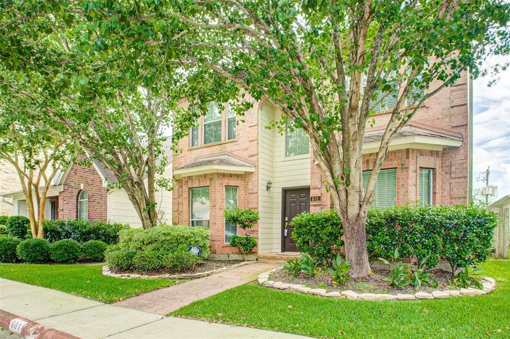 601 Brad Court Property Photo - Webster, TX real estate listing