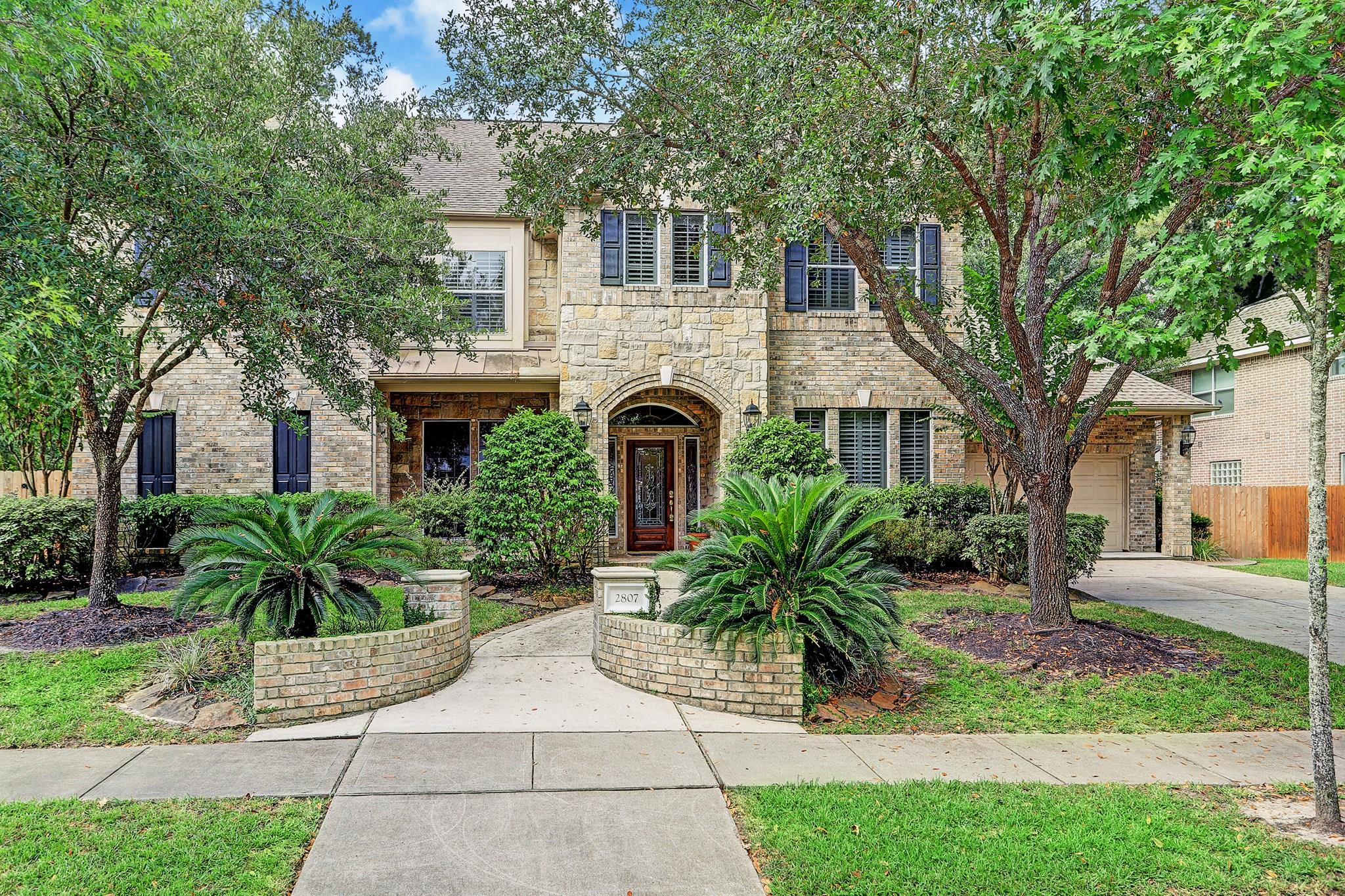 2807 Hazy Hillside Court Property Photo - Kingwood, TX real estate listing
