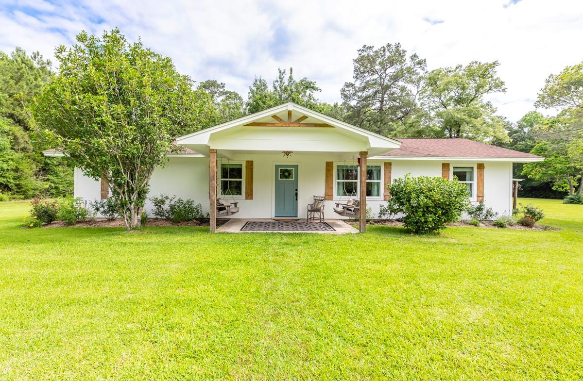 860 Cr 1300 Property Photo