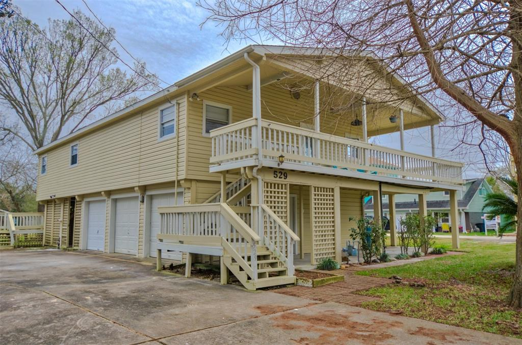 529 Pine Road, Clear Lake Shores, TX 77565 - Clear Lake Shores, TX real estate listing
