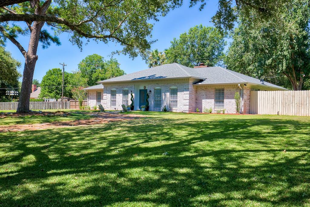 2402 Cheri Lane, Brenham, TX 77833 - Brenham, TX real estate listing