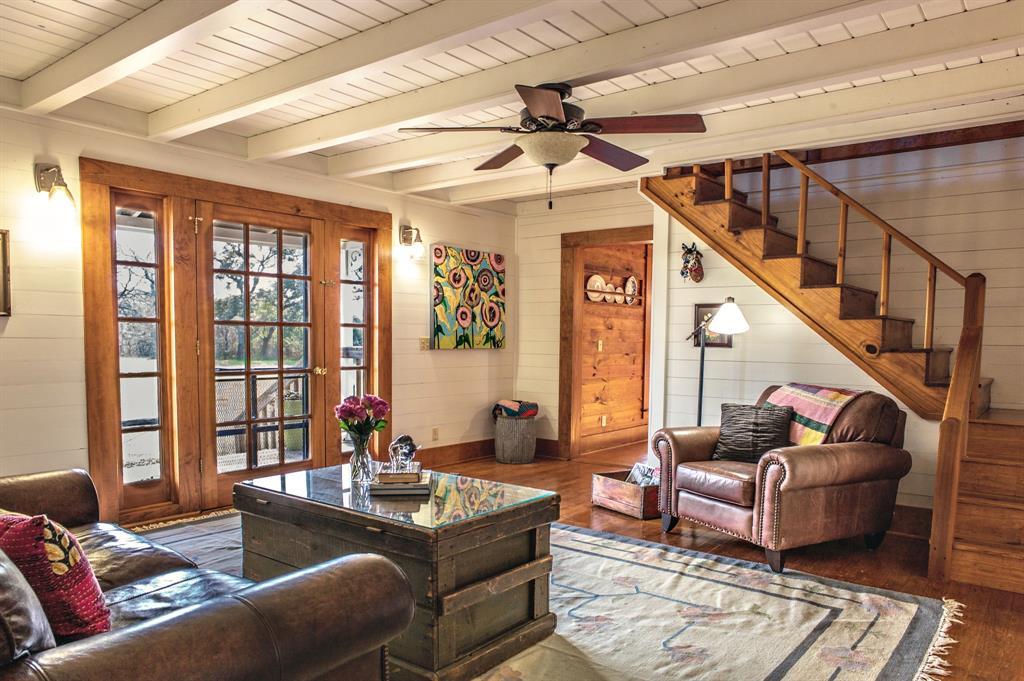 9022 Winedale Rd Road, Burton, TX 77835 - Burton, TX real estate listing