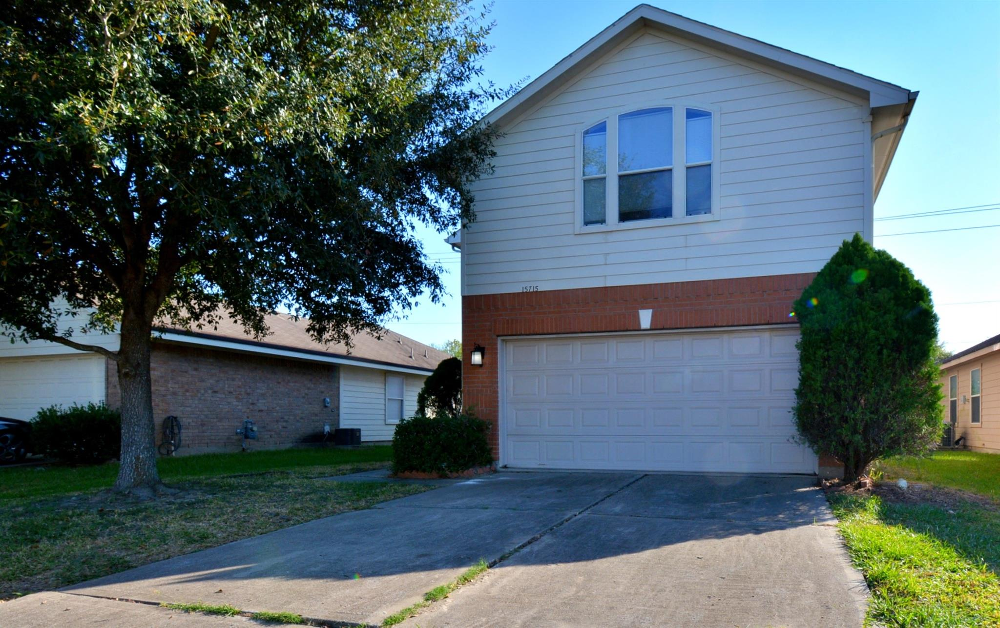 15715 Misty Chase Lane Property Photo - Houston, TX real estate listing