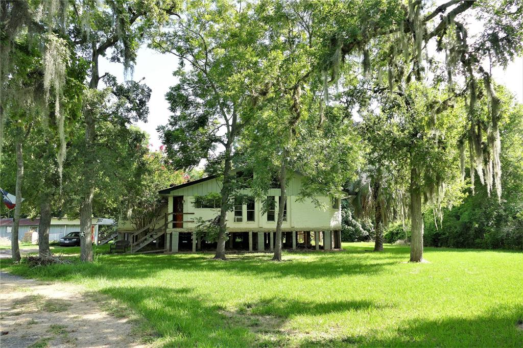 38320 Buckskin Road Property Photo - Simonton, TX real estate listing