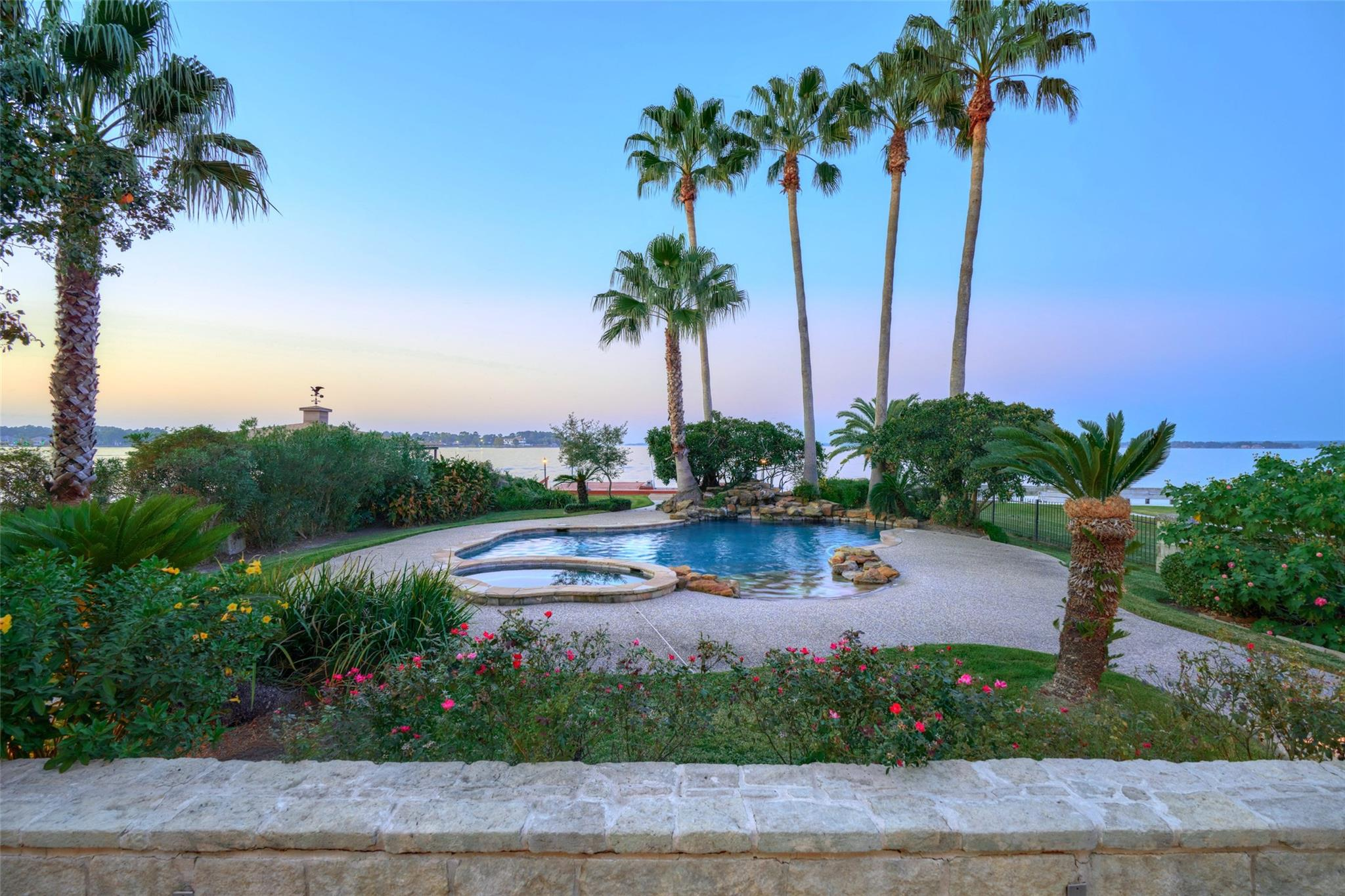 2523 Sand Shore Drive Property Photo