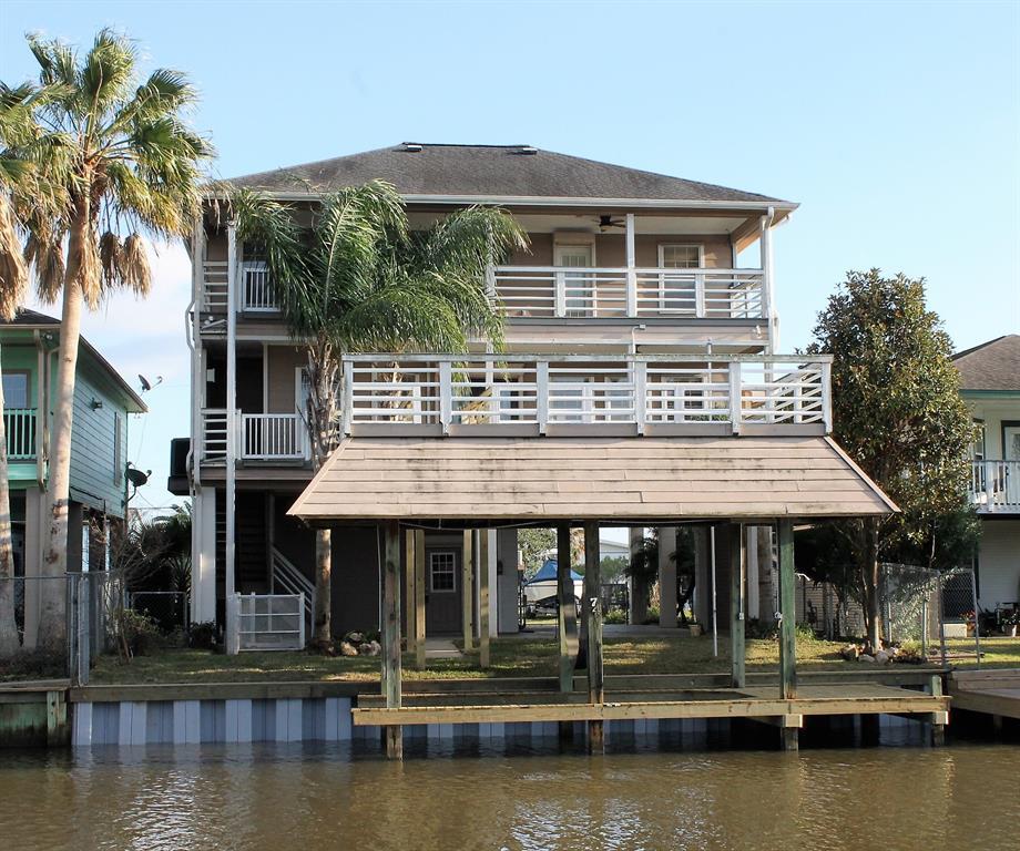 74 Tarpon Street Property Photo - Bayou Vista, TX real estate listing