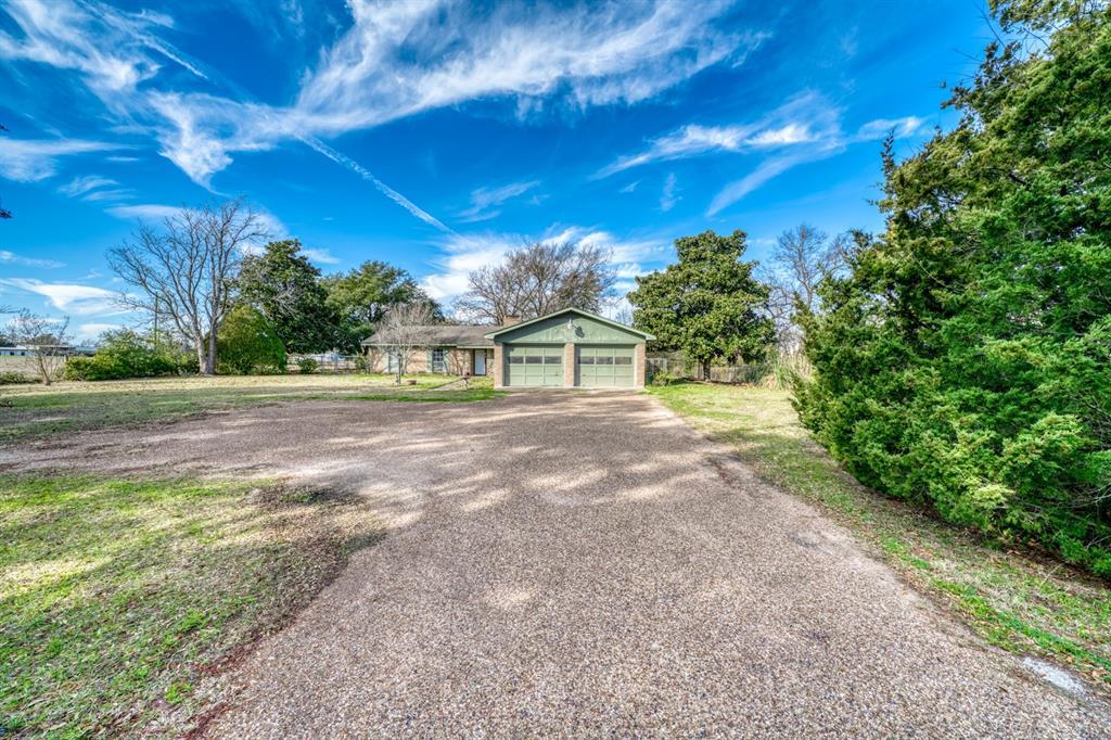 1972 Fm 1452 E, Madisonville, TX 77864 - Madisonville, TX real estate listing
