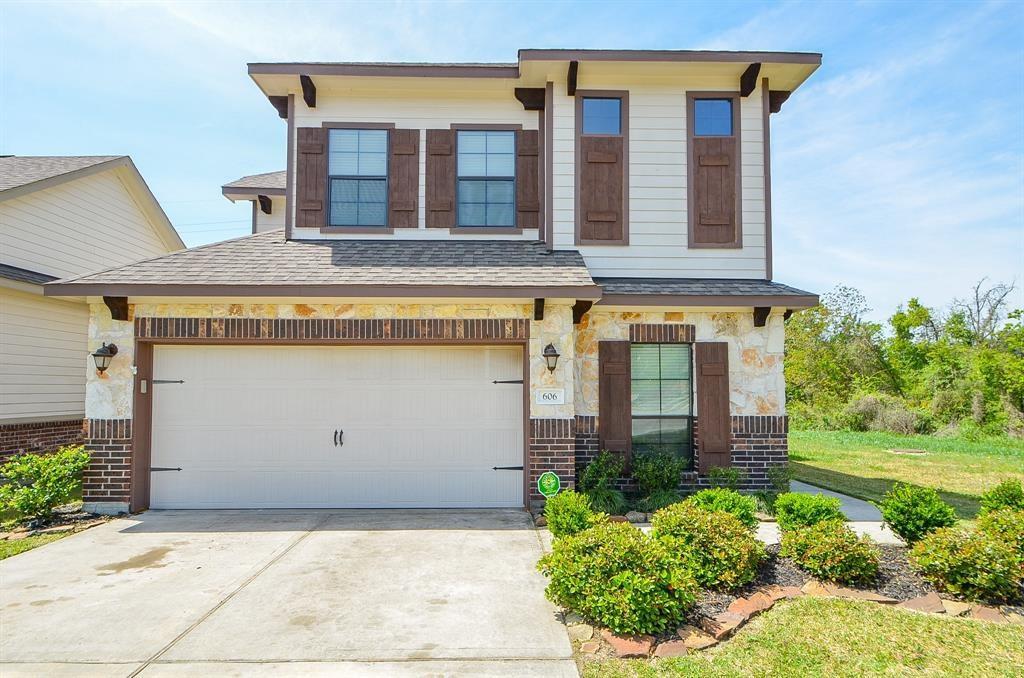 606 Aulia Lane Property Photo - Spring, TX real estate listing