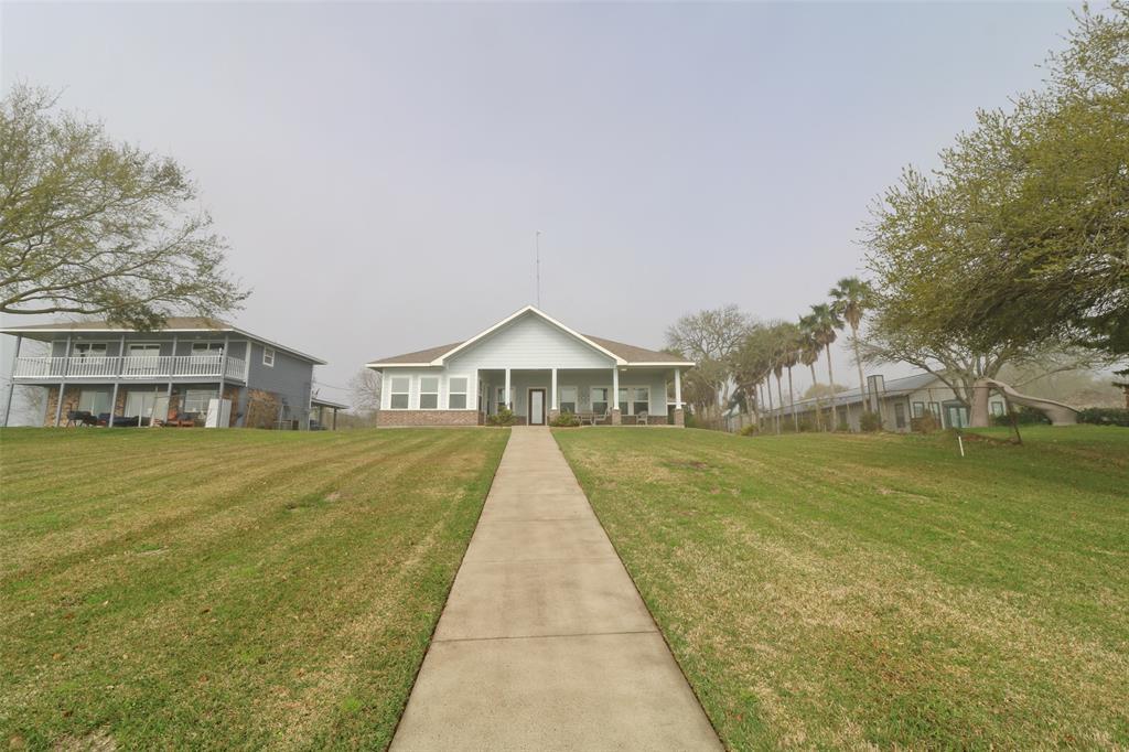 9608 Ocean Drive Property Photo - Beach City, TX real estate listing